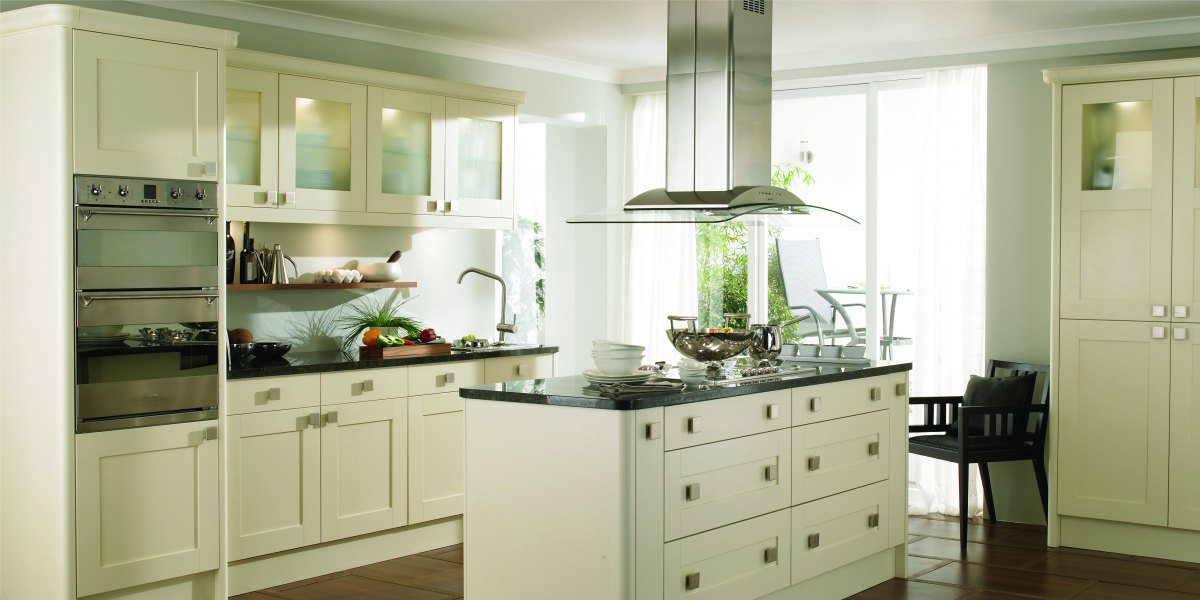 Alpha bedrooms kitchens fitted kitchens in oldham for Cream kitchen carcasses
